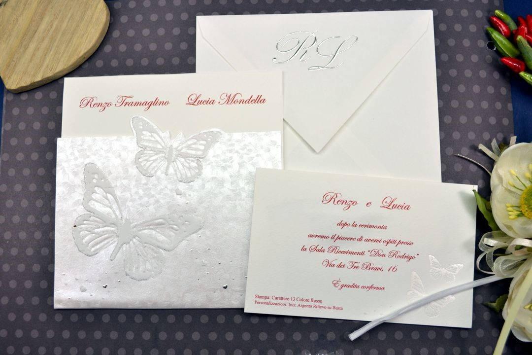 Partecipazioni Matrimonio Farfalle.Partecipazioni Di Matrimonio Quadrata Decorato Con Farfalle